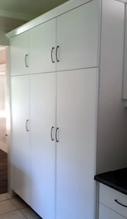 Rembrandt spray painters painting furniture cupboard for Kitchen cupboards durban